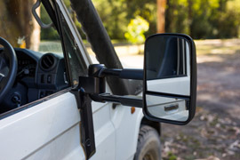 close up of extended Clearview towing mirror